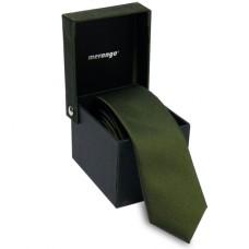 Keskeny, olívazöld nyakkendő dobozban