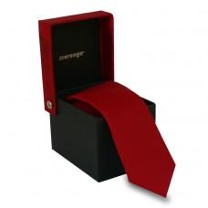 Keskeny, piros színű nyakkendő dobozban
