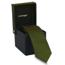 Keskeny, zöld színű nyakkendő dobozban