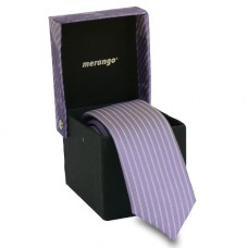 Keskeny, világoslila nyakkendő dobozban