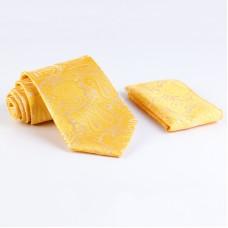 Anyagában mintás, sárga színű nyakkendő díszzsebkendővel